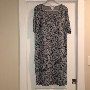 LuLaRoe Julia shapes midi dress